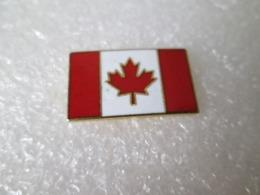 PIN'S   DRAPEAU  CANADA  Email Grand Feu  22X13mm - Pin's