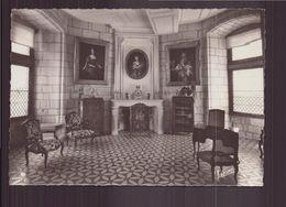 SAUMUR MUSEE D ARTS DECORATIFS LE SALON DES PORCELAINES TENDRES - Museum