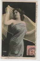 FEMMES - FRAU - LADY - SPECTACLE - ARTISTES 1900 - Jolie Carte Fantaisie Portrait Artiste LINE LESCOT Par Reutlinger - Femmes