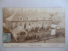 Fressenneville  Carte Photo  école Des Filles - France