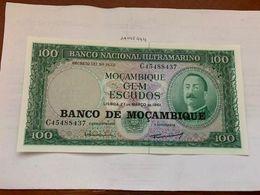 Mozambique 100 Escudos Uncirc. Banknote 1961 - Mozambique