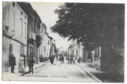 33 SAUVETERRE DE GUYENNE La Rue St Leger - France