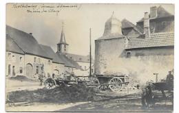 BERTHELMING - Un Coin Du Village (Carte Photo Rare) - Otros Municipios
