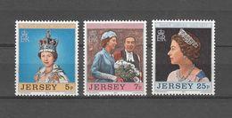 1977   N° 151 à 153     NEUFS**      CATALOGUE  YVERT&TELLIER - Jersey