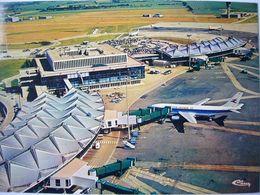 Avion / Airplane / AIR INTER / Airbus A300 / Seen At Satolas Airport - 1946-....: Ere Moderne