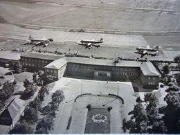 Avion / Airplane / BRITISH AIRWAYS  / Vickers Viscount & LUFTHANSA / Convair / Seen At Bremen Airport - 1919-1938: Entre Guerres