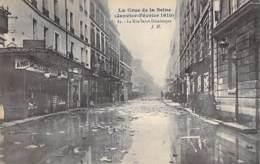 75 - PARIS 07 ° - INONDATIONS De PARIS ( Janvier 1910 ) La Rue Saint Dominique - CPA - Seine - De Overstroming Van 1910