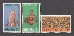 Nigeria - Correo Yvert 174/6 ** Mnh   Arte - Nigeria (1961-...)