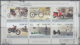 Mozambique 2009 - History Of Transport: Rickshaw, Bicycle, Motorcycle, Scooter, Segway - Miniature Sheet ** MNH - Wielrennen