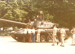 029 543 - Photo - Militaria - Chars  - A Determiner - Matériel