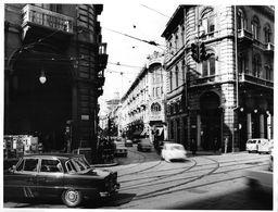 "01613 ""TORINO - ANNI '60 -  VIA PIETRO MICCA ANGOLO VIA S. FRANCESCO D'ASSISI"" ANIMATA, AUTO. FOTO ORIG. - Lieux"