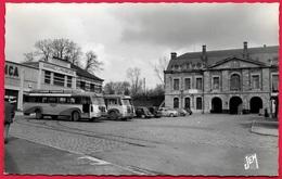 CPSM 59 MAUBEUGE Nord - Place De La Grisoëlle (Car Autocar Bus Garage Automobile) ° JEM Edit. J. Mercier - Maubeuge
