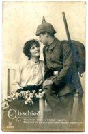 Militaria - Fiancés - Abschied - Postée De Sarre En 1917 - Couples