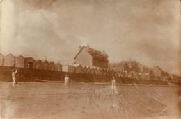 LUC SUR MER 1922 TENNIS SUR LA PLAGE PHOTO ORIGINALE  10.50 X 8 CM - Orte