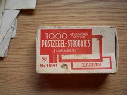 Old Cardboard Box 1000 Postzegel Strookjes - Boîtes/Coffrets