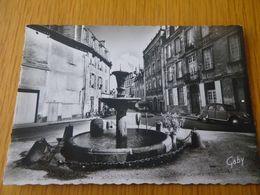 CHARENTE - CONFOLENS - N°22 - Fontaine - CITROEN 2CH - Confolens