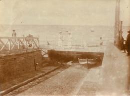 LUC SUR MER 1923 PHOTO ORIGINALE 11 X 8.50 CM - Orte