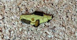 Pin's Ford Thunderbird 1957 - Verni époxy - Fabricant Inconnu - Ford