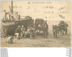 WW 62 BERCK PLAGE. Bateau De Pêcheurs Et Attelages âne Et Cheval Pour Ballades De Touristes Sur La Plage 1930 - Berck