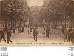 WW 42 SAINT-ETIENNE. Sortie Des Ouvriers De La Manufacture D'Armes 1916 - Saint Etienne