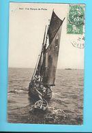 BATEAU---une Barque De Pêche--voir 2 Scans - Pêche