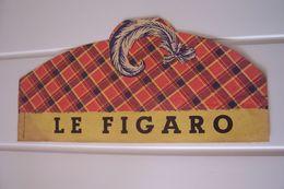 LE  FIGARO   --COIFFE ECOSSAISE - CHAPEAU - ( Papier )  JEUX DE PLAGE  - PUBLICITE  ( PRESSE  -JOURNAL ) - Publicités