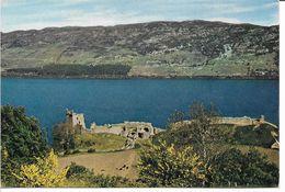Urquhart Castle, Loch Ness. Inverness-shire.   Scotland.  B-3575 - Castillos