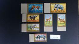 Burundi 1964 Luchtpostzegels Getand - Burundi