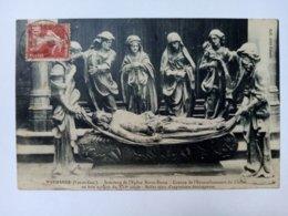 MARMANDE - Intérieur De L'Eglise Notre-Dame - Groupe De L'Ensevelissement Du Christ En Bois Sculpté... . - Marmande