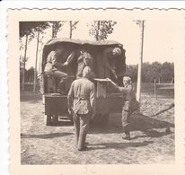 PHOTO ORIGINALE 39 / 45 WW2 WEHRMACHT FRANCE ÎLE DE RÉ CAMION DE TRANSPORT ALLEMAND - Guerre, Militaire