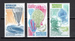 GABON PA N° 256 à 258    NEUFS SANS CHARNIERE COTE  7.00€    L'HOMME DANS L'ATMOSPHERE - Gabon