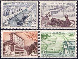 MADAGASCAR - TRACTOR - RICE - CHANNEL - **MNH - 1956 - Landwirtschaft