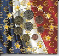 Coffret Des 8 Pièces 2003 Neuf N'est Plus Sous Blister - Francia