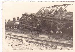 PHOTO ORIGINALE 39 / 45 WW2 WEHRMACHT FRANCE LE HAVRE CONVOI FERROVIAIRE DETRUIT - Guerre, Militaire