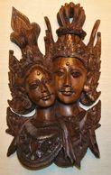 ESPECTACULAR TALLA DE MADERA DE PAREJA DE PRÍNCIPES (BALI-INDONESIA) - Arte Asiático
