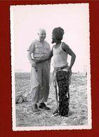 Photo Originale Jeune Touareg Et Homme Blanc En Afrique - Afrique