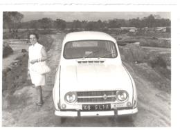 4 L  BLANCHE ET FEMME - Automobiles