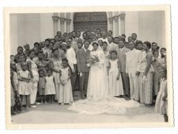 N°1 ANCIENNE GRANDE PHOTO TRES ANIMEE, SCENE DE MARIAGE, MARIES, NOCES A LOME, ANNEES 60, TOGO - Togo