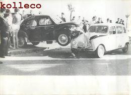 LA CIOTAT ACCIDENT AUTOMOBILE JACQUES BORSA MARIN A TOULON  VOITURE RENAULT 4 CITROËN FORD CAR - La Ciotat