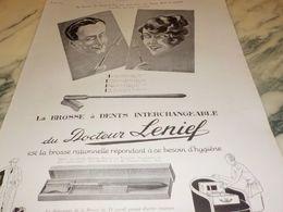 ANCIENNE  PUBLICITE DE LA BROSSE A DENT DU DOCTEUR LENIEF 1925 - Perfume & Beauty