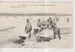 CPA-83-Var- HYERES- Les Vieux-Salins- Le Roulage Du Sel- - Hyeres