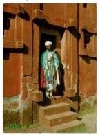 Ref 1385 - Ethnic Ethiopia Postcard - Priest At Lalibela - Ethiopie