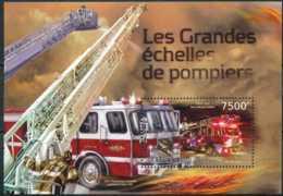 D - [32608]SUP//**/Mnh-c:17e-BL297 Yvert, Les Grandes échelles De Pompiers, Camions - Burundi