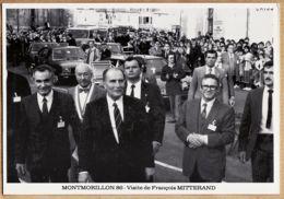 X86017 Vienne MONTMORILLON Visite François MITTERRAND 3.11.1983 Raoul CARTRAUD Jean BERTRAND Place Hotel Ville N°192/250 - Montmorillon