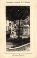 CPA Ermenonville - Statue De J.-J. Rousseau Et Fontaine (1032243) - Ermenonville