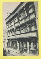 * Lannion (Dép 22 - Cotes D'Armor - France) * (ND, Nr 290) Vieilles Maisons, Rue Des Capucins, Magasin, Boutique, Shop - Lannion