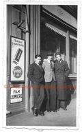 SAINT RAPHAEL 23 DECEMBRE 1940 PANNEAU PUBLICITAIRE GEVAERT SUPERCHROM - PHOTO 11*7 CM - Lieux