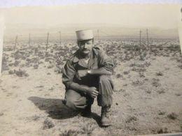 ALGERIE 1955 / SOLDAT MILITAIRE FRANCAIS - Guerre, Militaire