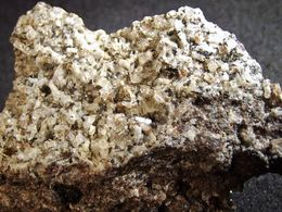 Nefeline With Oxyplogopite, Apatite & Magnetite, Pyroxene   (2.5 X 2 X 1 Cm) Rothenberg - Laacher See - Eifel - Germany - Minerales