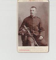 PHOTO  .CDV  .MILITAIRE               PHOT   A. GENDRAUD.  CLERMONT FERRAND 16è - Guerre, Militaire